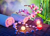 heart of stones massage with candle