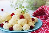 lazy dumplings with cranberry