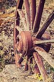 The old wooden wagon wheel