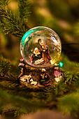Mary, Joseph and Jesus in snow globe