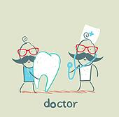 physician and the patient with a sore tooth
