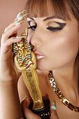 Beauty in Cleopatra style